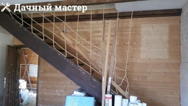 Межэтажная лестница до отделки