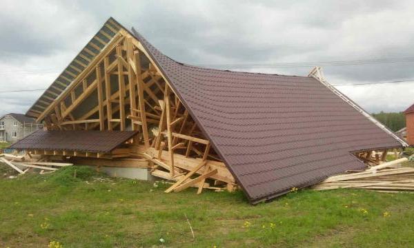 Как разрушается каркасный дом