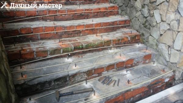 Армирование ступеней для подливки