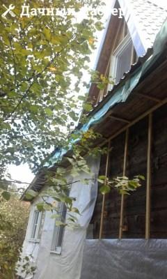 Стена дома после демонтажа сайдинга