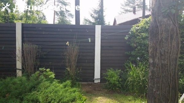 Отремонтированный забор