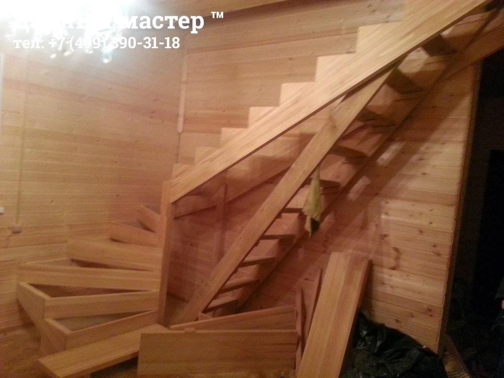 Строительство полуразворотной лестницы