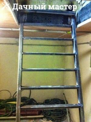 Приварка поперечин к тетиве металлической лестницы