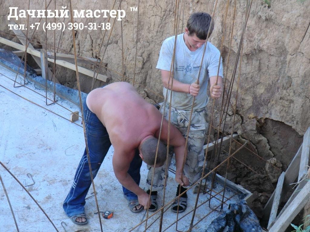 Вязка арматурного каркаса стен подвала (погреба)