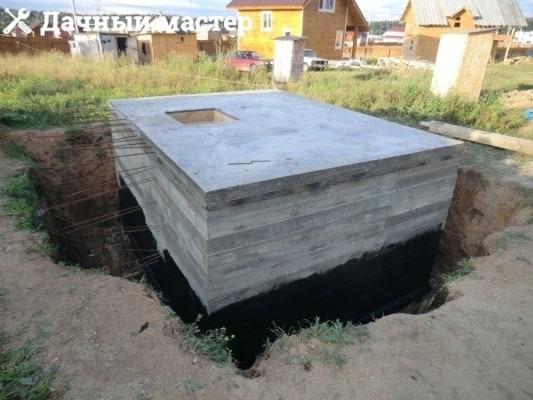 Готовое помещение подвала после заливки бетоном
