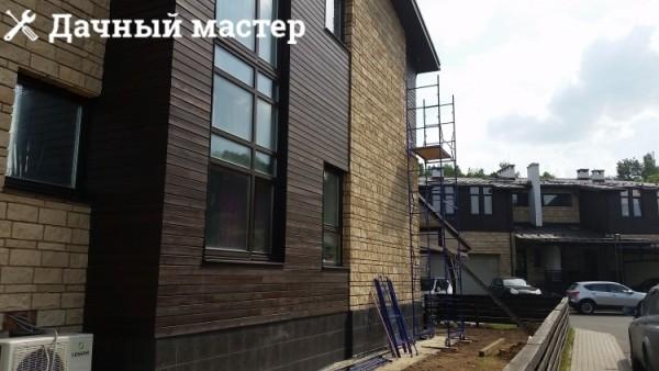 Сборка вышки-туры для демонтажа фасадного покрытия