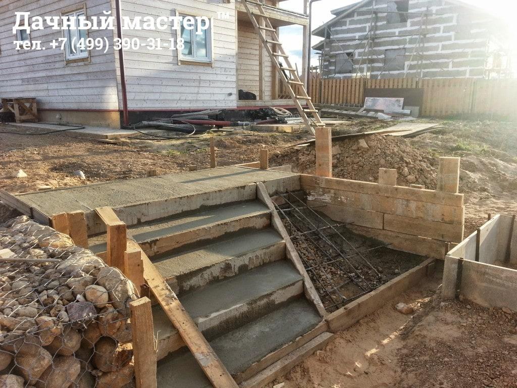 Изготовление бетонной лестницы