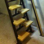 Монтаж металлической лестницы в подвал (погреб)
