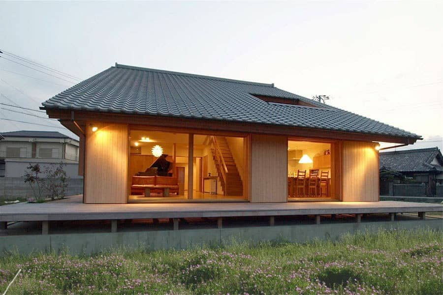 Technology of construction of prefabricated houses