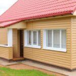 Отделка дачного дома сайдингом — плюсы и минусы технологии