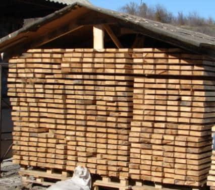 Хранение пиломатериала для строительства каркасного дома