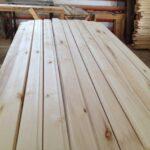 Отделка каркасного дома деревянными материалами. Достоинства, недостатки, технология.