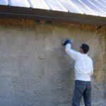 Как оштукатурить деревянный дом? Технология выполнения работ.