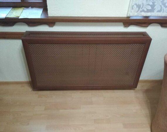 Зачем нужен декоративный экран на радиатор?