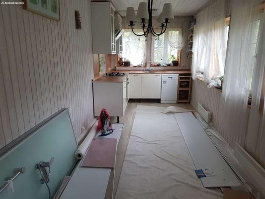 Кухня дачного дома в завершающей стадии ремонта