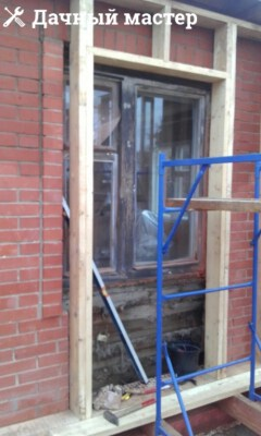 Обустройство каркаса входной двери в пристройку
