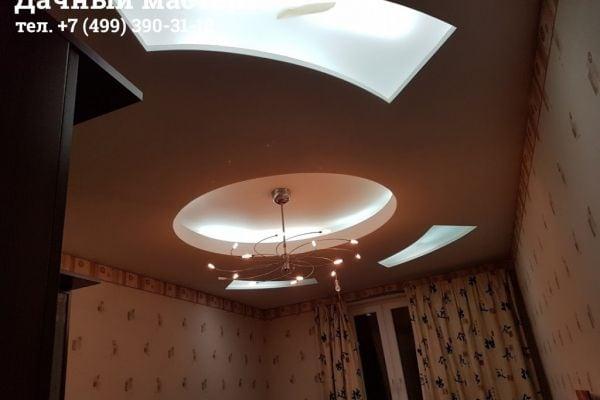 Потолок маленькой комнаты ДО ремонта