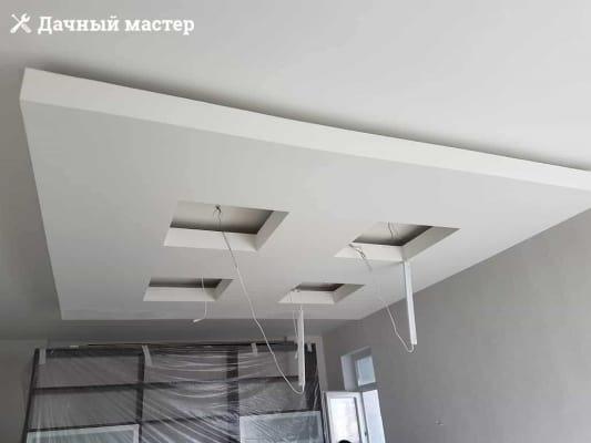 Шпаклевка подвесной конструкции в большой комнате