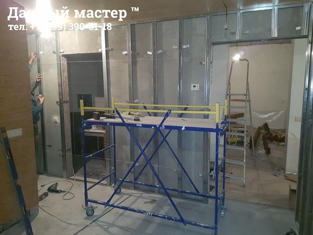 Монтаж металлокаркаса для монтажа МДФ панелей на стенах