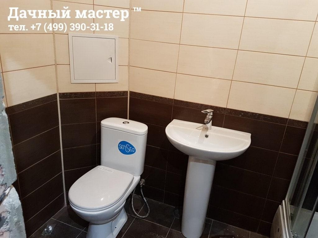 Установленная сантехника в санузле
